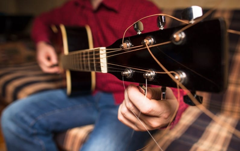 Tune A Guitar By Ear
